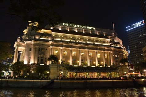 Singapore - Famous Fullerton hotel
