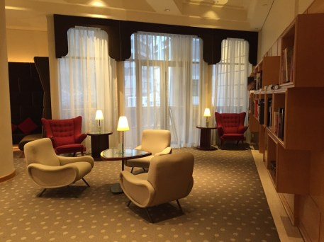 133 Lounge library