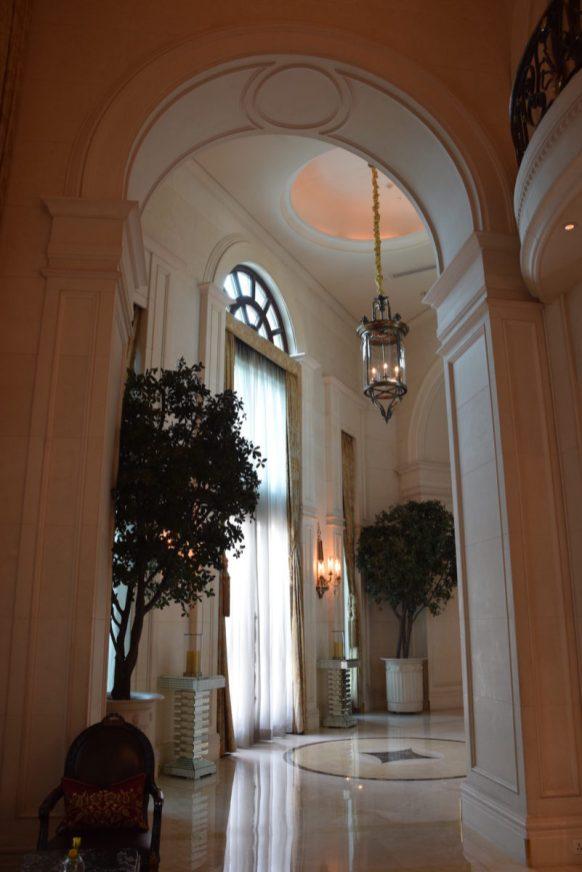 Lobby impressive high-ceiling