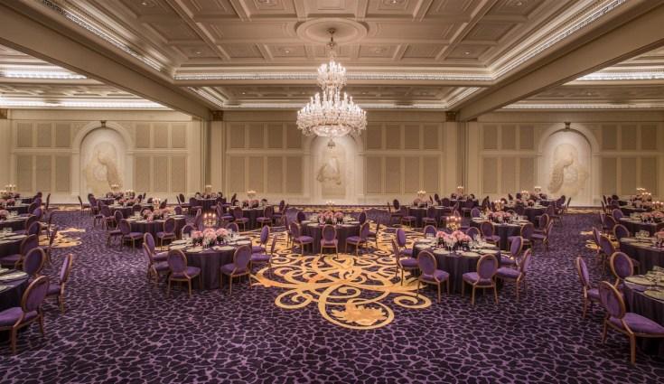 Palazzo Versace Dubai - Plush ballroom