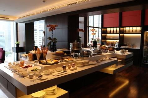 Oriental Club lounge evening snacks