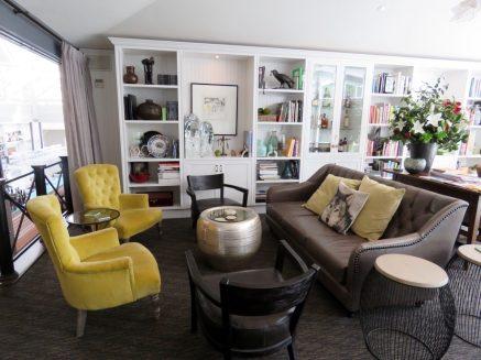 Lake House Daylesford - Library Bar seating