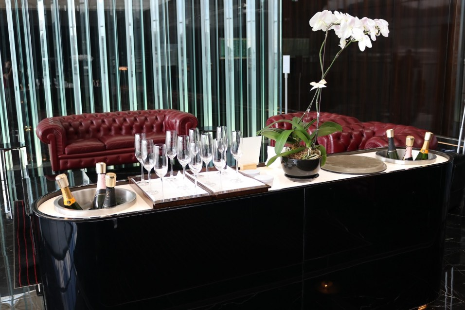 Champagne Bar - The Wing First Class lounge