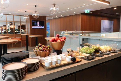 Cathay Pacific Business Class lounge at Bangkok airport - Buffet