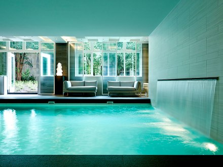 Waldorf Astoria Amsterdam - Picture by cntraveler.com
