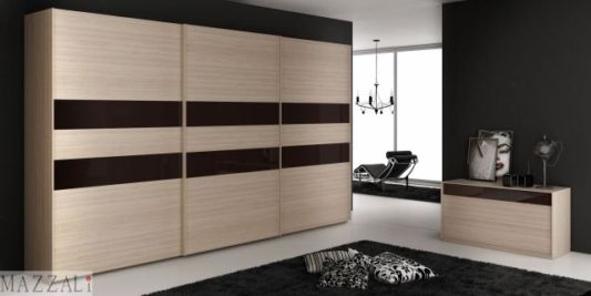 Minimalist Bedroom Decoration With Sliding Doors Slim Wardrobes By Mazzali Armadi Home Design
