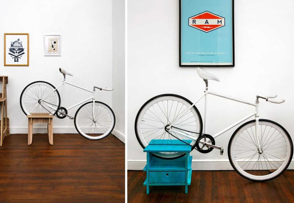 adems de dejar la bici cuentan con cajones para almacenar otras cosas