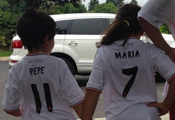 A Pepe le encanta el fútbol y le está ayudando mucho
