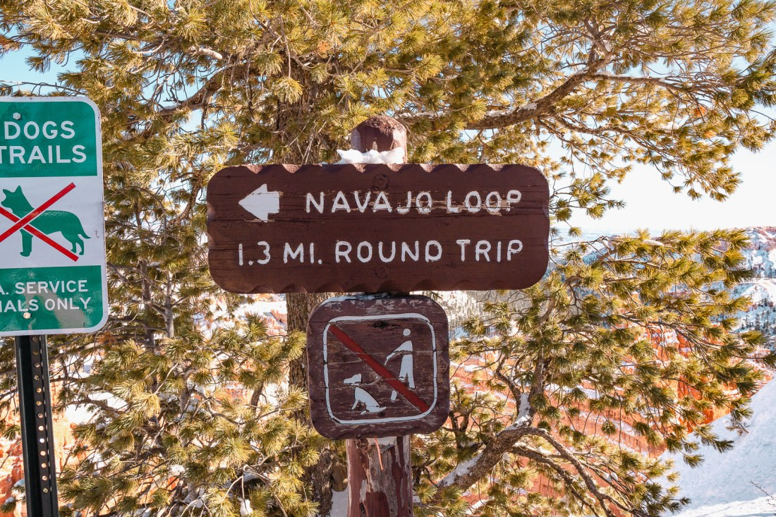 Navajo Loop Sign