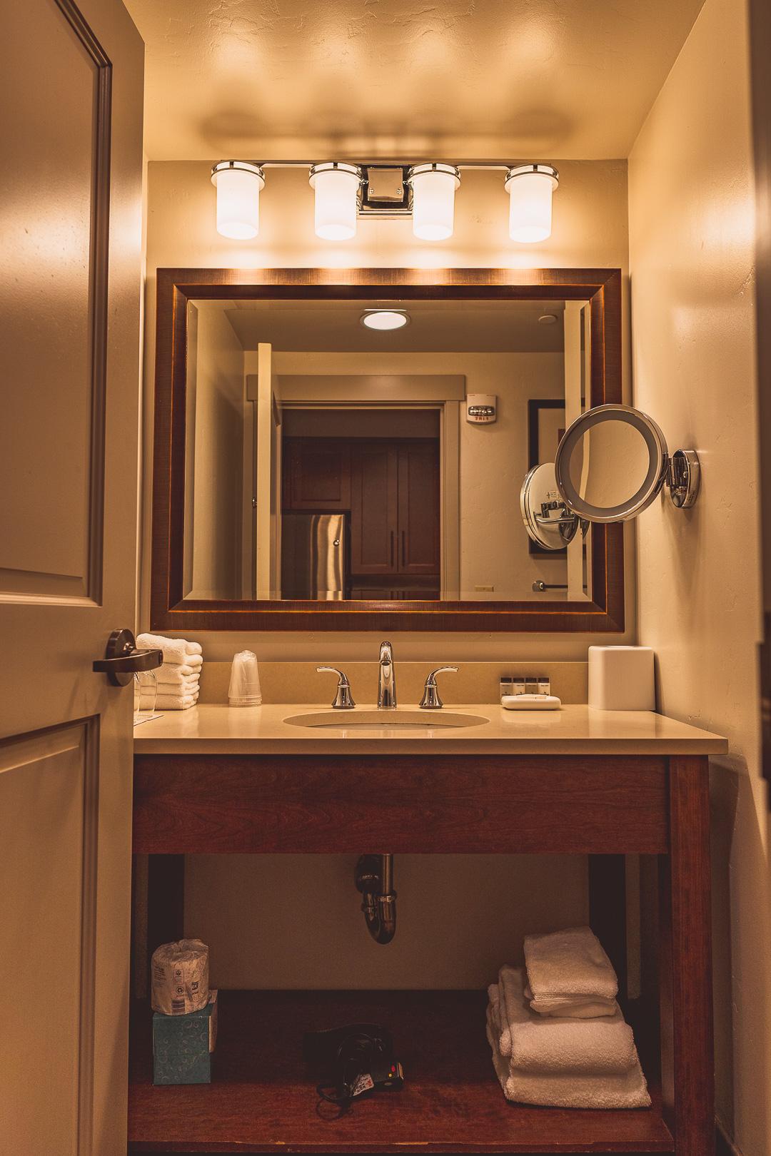 Sheraton Steamboat Resort Villas' Studio Bathroom