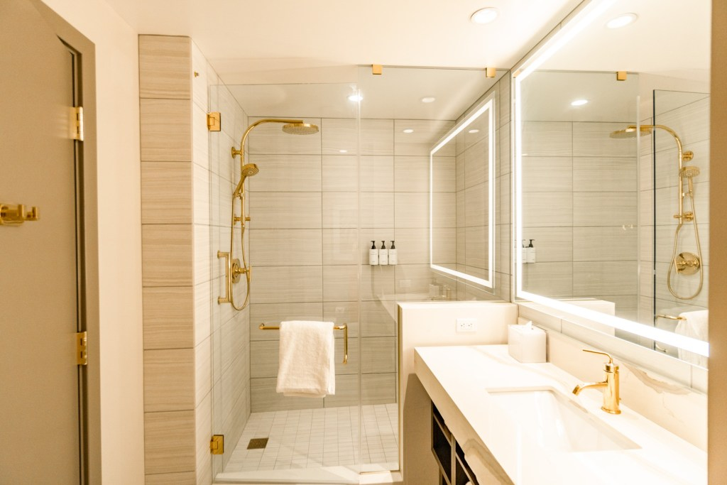 Bathroom at the Las Vegas Hilton Two Queen Beds Room
