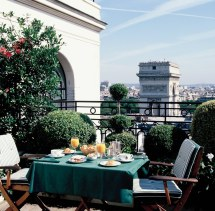 Luxurious Hotel Raphael Paris