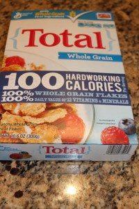 """Total ... """"100% whole grain flakes"""" on the front..."""