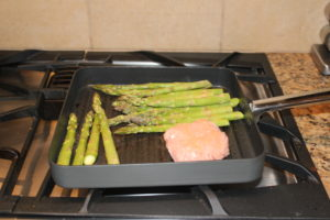 grilled asparagus and turkey burger