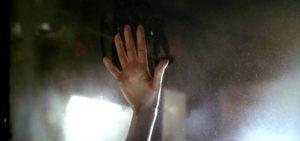 titanic-hand
