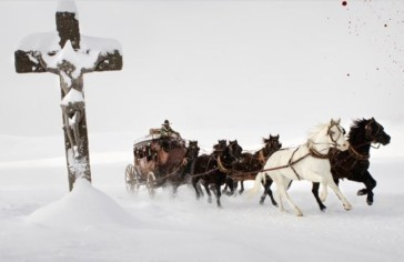 The-Hateful-Eight-Snow-covered-Jesus-1-e1451938253736