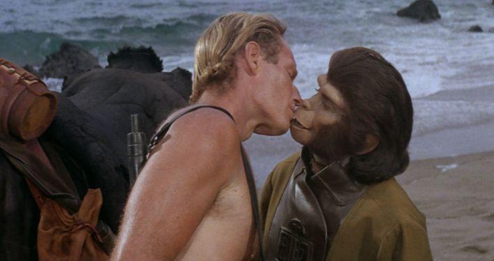 Charlton Heston e Kim Hunter