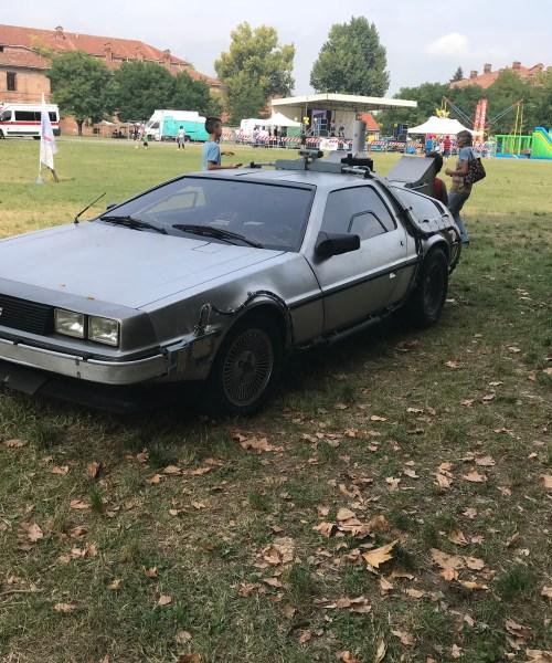DeLorean ritorno al futuro replica macchina DMC 12 zemeckis alecomics