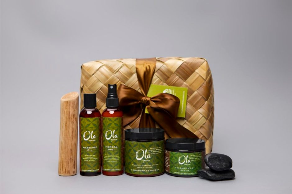 Artisan Wild Crafted Natural Beauty Products from This Land of Aloha, Hawaiian Body Products, Ola Tropical Apothecary, made in usa skin care, american made skin care, organic skin care, Lemongrass Ginger Collection, Ola Pono Deluxe Gift Set