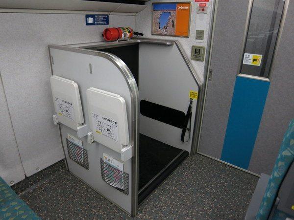 taiwan-high-speed-rail-train-007