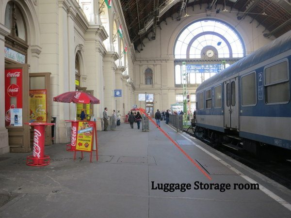 budapest-train-station-luggage-locker-2