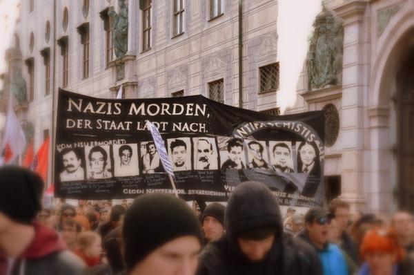 munich-anti-nazi-protest-008