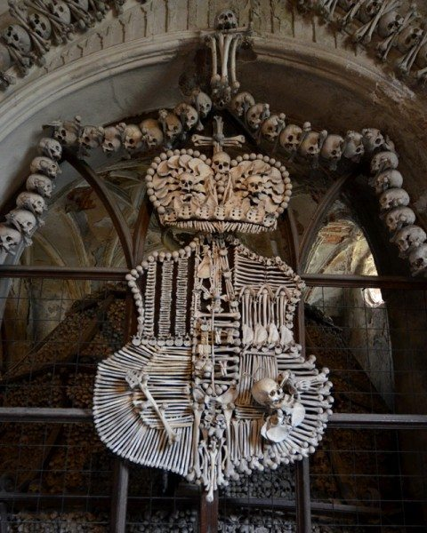 bone-church-sedlec-ossuary-012