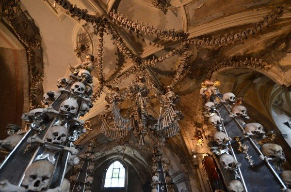 bone-church-sedlec-ossuary-013