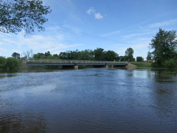 bark-river-wisconsin-canoeing-001