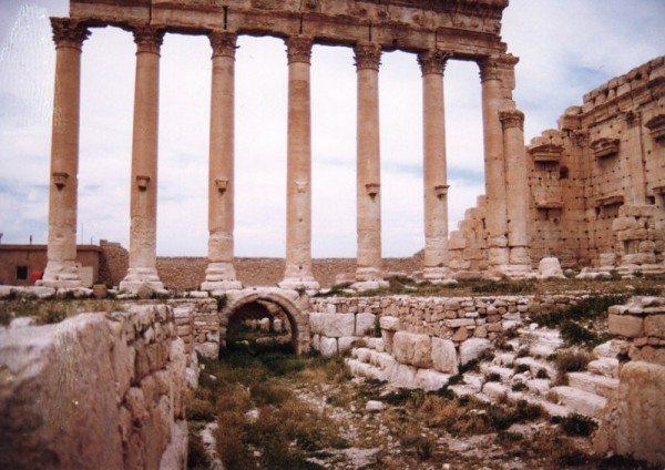 palmyra-syria-ruins-022