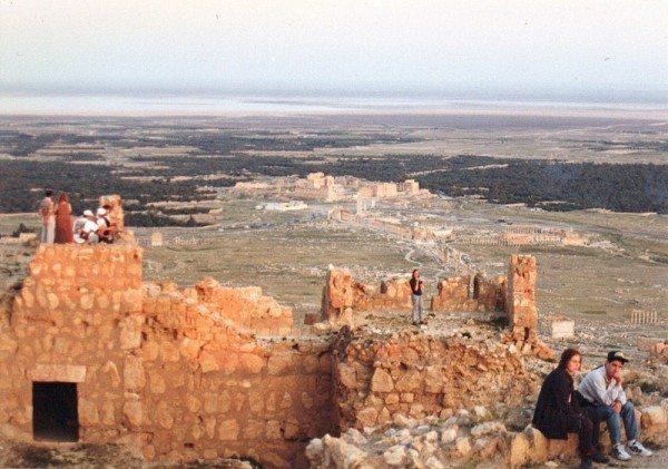 palmyra-syria-ruins-024