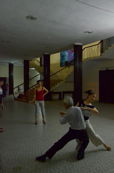 hue-vietnam-bachata-3