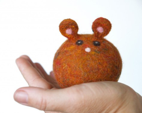 Needle Felted Pumpkin Mouse : www.theMagicOnions.com/shop/