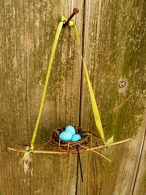 Wet felted robin's nest with eggs
