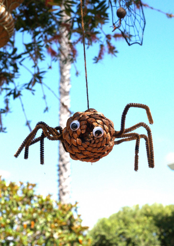 Let S Make A Pine Cone Spider For Halloween The Magic Onions
