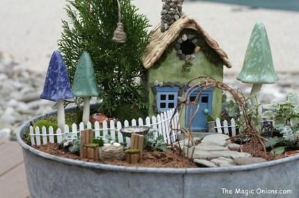 Magical Fairy Garden :: www.theMagicOnions.com