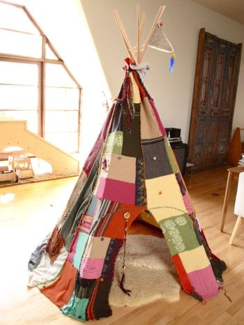 Make a Scrap Fabric Teepee : The Magic Onions : www.theMagicOnions.com