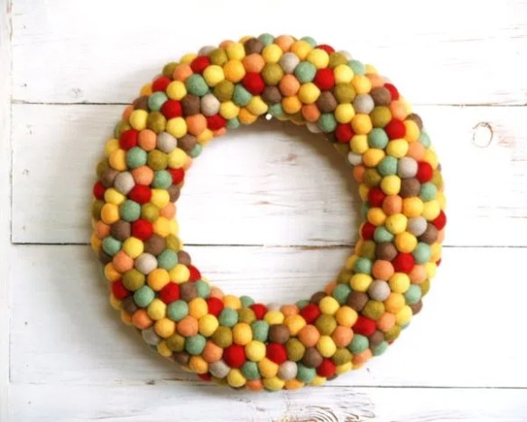Autumn Door Wreath using Felted Balls : www.theMagicOnions.com