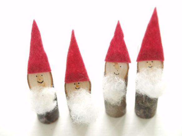 Stick Tomtem Gnomes : Winter Magic Craft : www.theMagic Onions.com