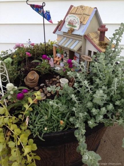 Lisa's Fairy Garden : the Magic Onions.com