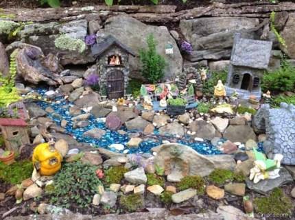Kay's Fairy Garden : www.theMagicOnions.com