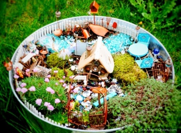 Flower Pot Fairy Garden : Finalist in the Fairy Garden Contest : www.theMagicOnions.com