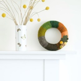 Needle Felted Fall Door Wreath Tutorial