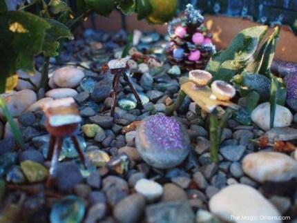 Winter Fairy Garden : Fairy Garden Contest : www.theMagicOnions.com