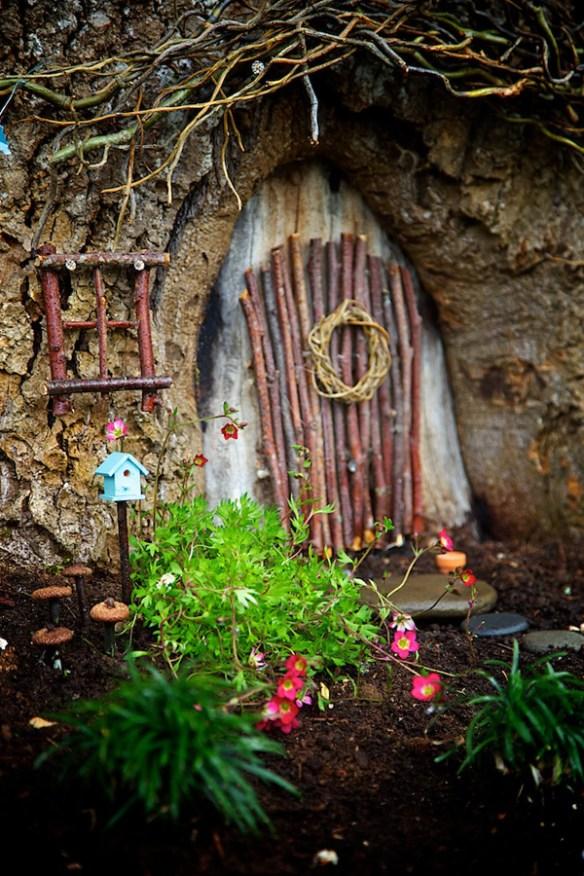 Fairy Door : Magical Fairy Garden Winner : Fairy Garden Contest 2014 : The Magic Onions : www.theMagicOnions.com