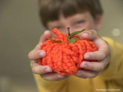 No Knit Yarn Pumpkin Tutorial : The Magic Onions