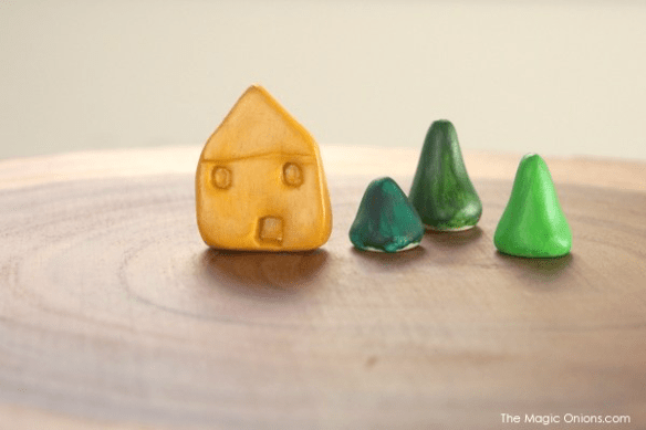Make mini clay houses and trees using Sculpey clay with this DIY Tutorial :: They are adorable.