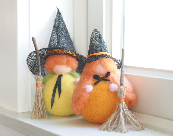 Photo of Needle Felted Halloween Pumkpin Witches : ww.theMagicOnions.com/shop