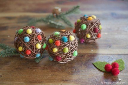 Felt Gumdrop Christmas Ornaments :: DIY Tutorials :: www.theMagicOnions.com