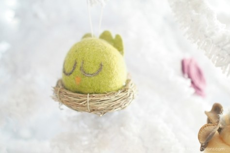 Cute Needle Felted Bird Christmas Tree Ornaments : www.theMagicOnions.com